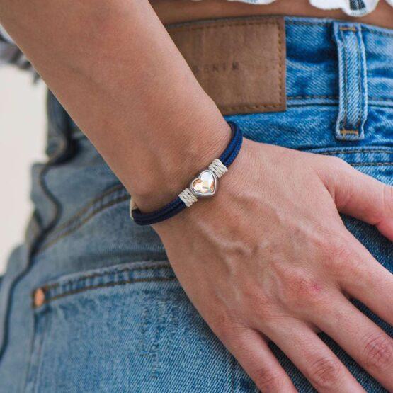 Браслет бежево-синего цвета с кремовым камнем сваровски для женщин — № 7076 фото 4