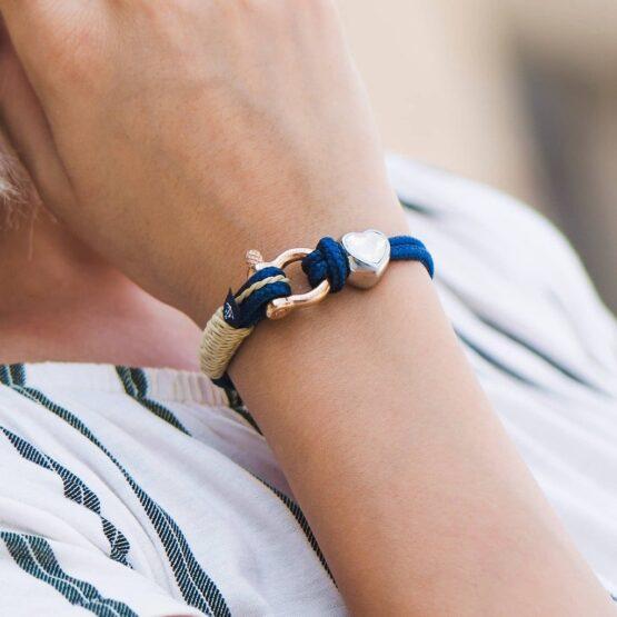 Синий женский браслет с камнем Сваровски кремового цвета — № 7182 фото 5