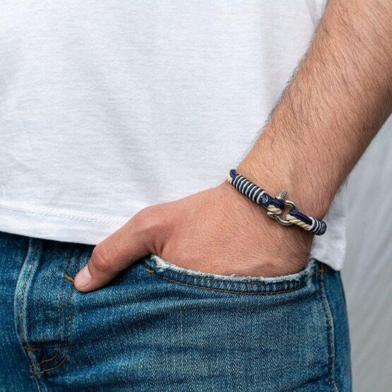 Тонкий тёмно-синий с бежевым цветом браслет для мужчин и женщин — № 839 фото 4