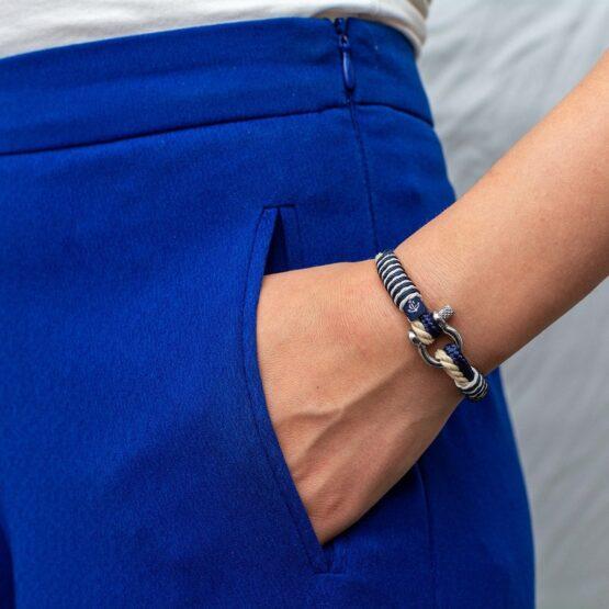 Тонкий тёмно-синий с бежевым цветом браслет для мужчин и женщин — № 839 фото 5