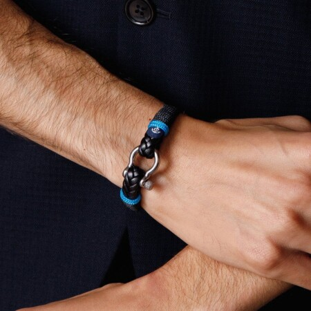 Кожаный мужской браслет чёрного цвета — № 10024