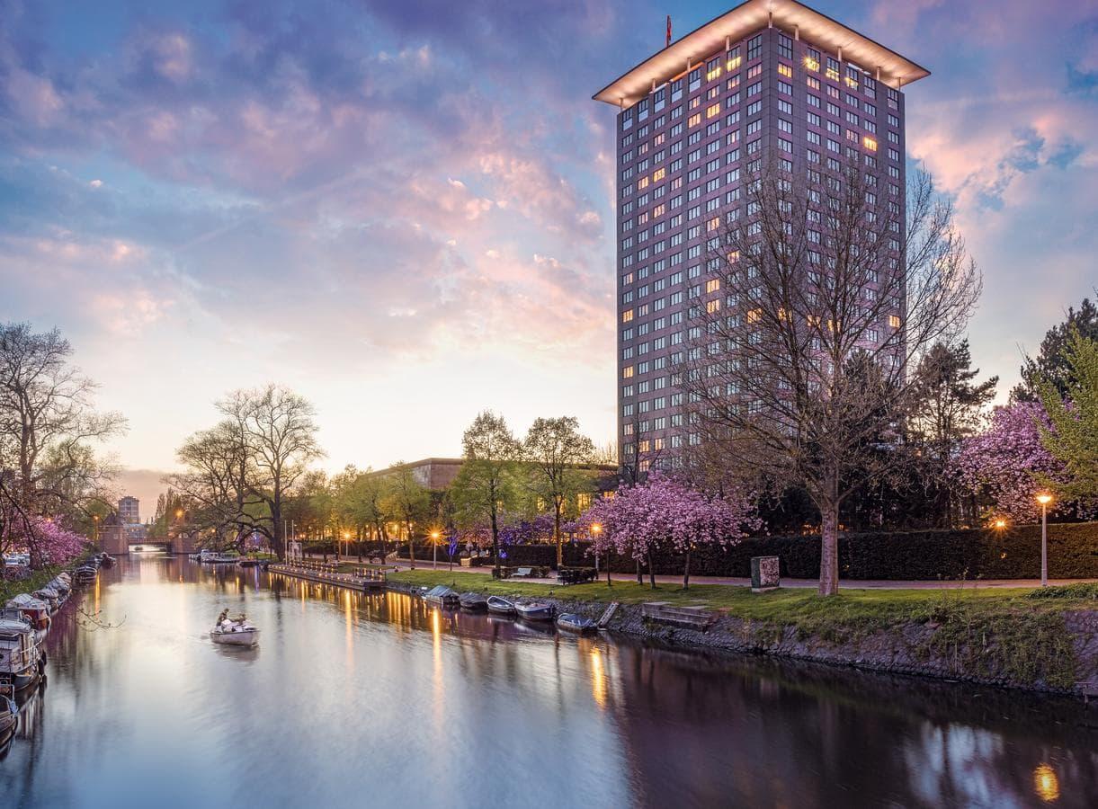 Лучшие отели Амстердама для Русских туристов