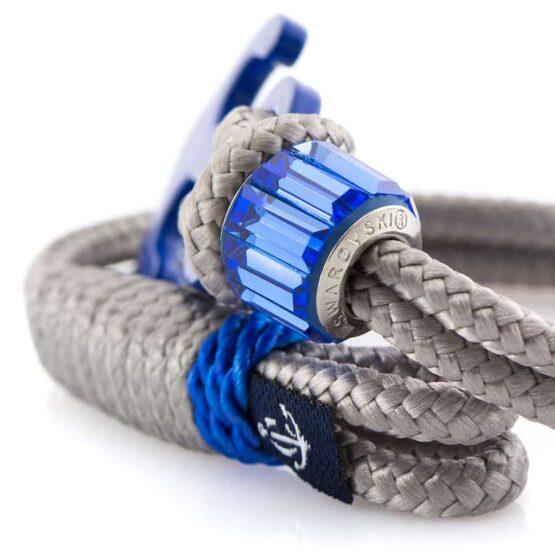 Серый женский браслет с синим якорем и камнем — SWAROVSKI 7207