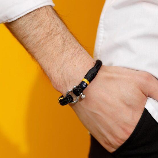 Черный мужской браслет с желтым акцентом — № 5113