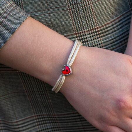 Вещь с историей: Женские браслеты фото Swarovski