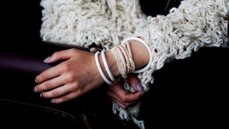 В тренде: Кожаные браслеты фото 4