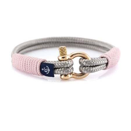 Серый тонкий браслет с розовым акцентом — № 0807
