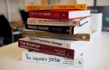 60 идей: что подарить на Новый 2021 год
