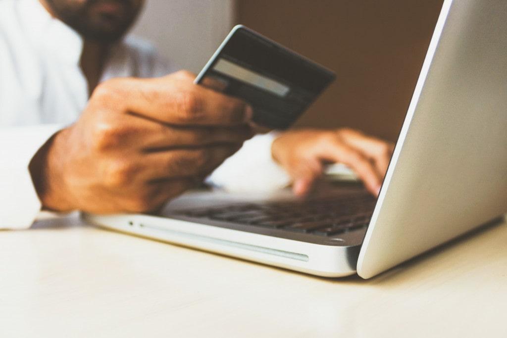 Умный шопинг: как покупать украшения онлайн
