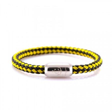 Кожаный браслет с нитью чёрно-жёлтого цвета и магнитом — № 10500